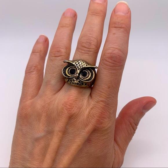 Fun owl costume jewelry brass tone ring